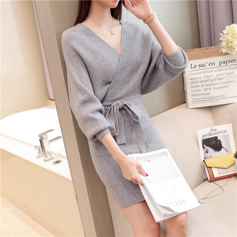 Korean-women-knitting-pattern-sweater-dress-2018 (2).jpg