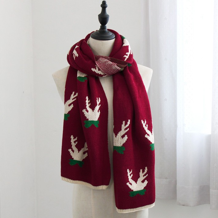 Christmas-Knitted-Scarf-Fashion.jpg